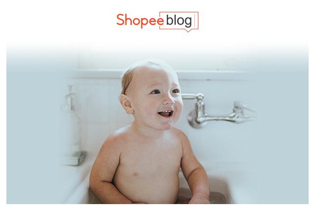 baby showering