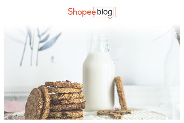 oat milk with cookies